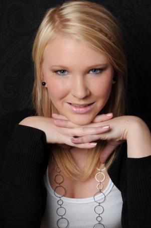 Olivia Freshlook Colorblends  large