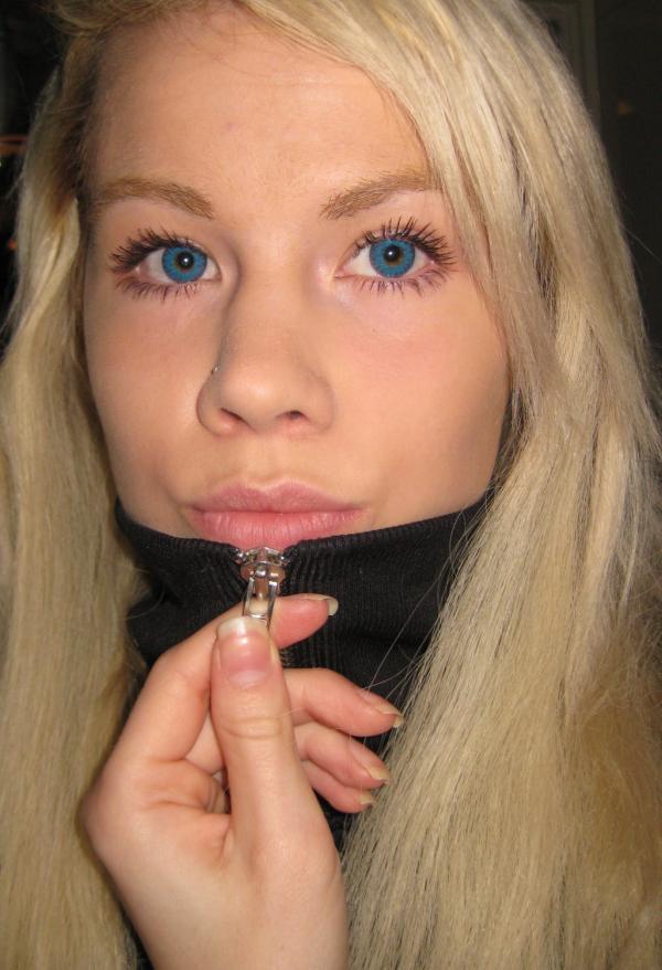 Lina Holgersson Freshlook Colorblends  large 1